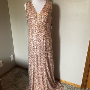 NWT formal sequined gown